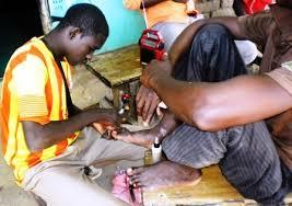 Manucure et pédicure: une activité qui attire des jeunes expatriés