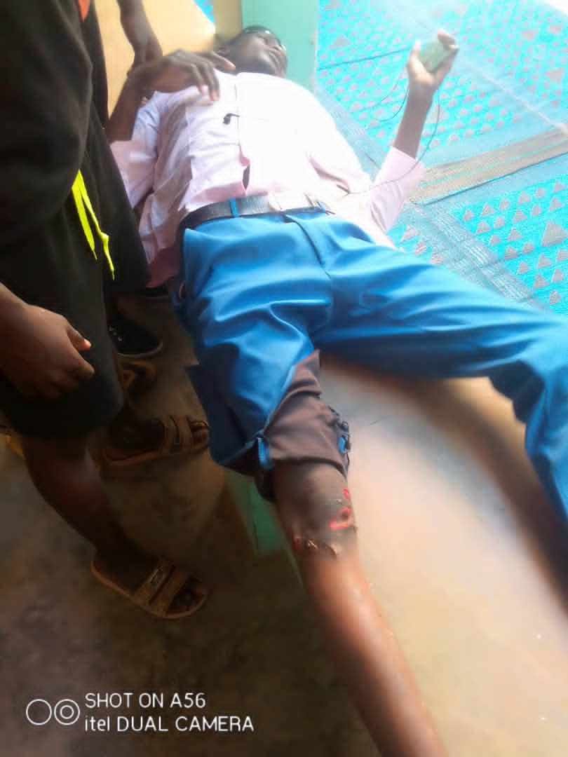 Société: une ambulance refuse de porter assistance à un accidenté sur la route.