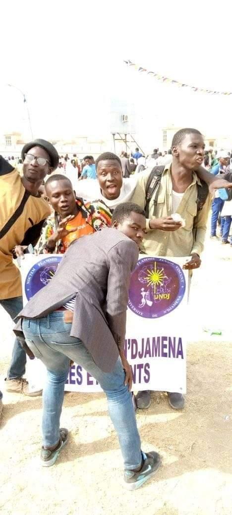 L'image des étudiants de l'université de N'Djamena qui indigne