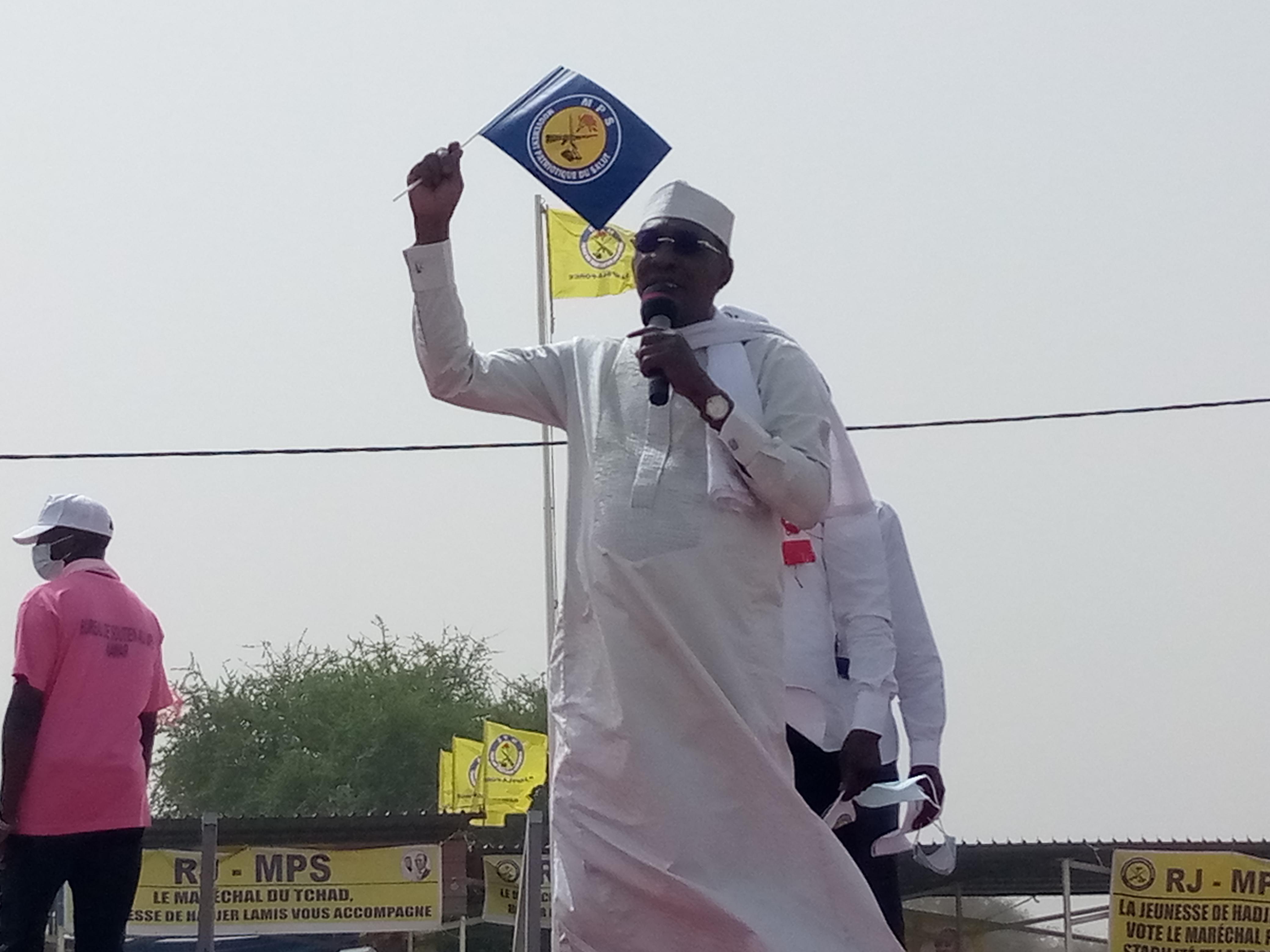 Dans le Hadjer Lamis, Idriss Déby donne les consignes de vote à la population