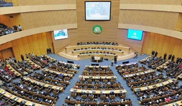 Vers une transition civile au Tchad ?
