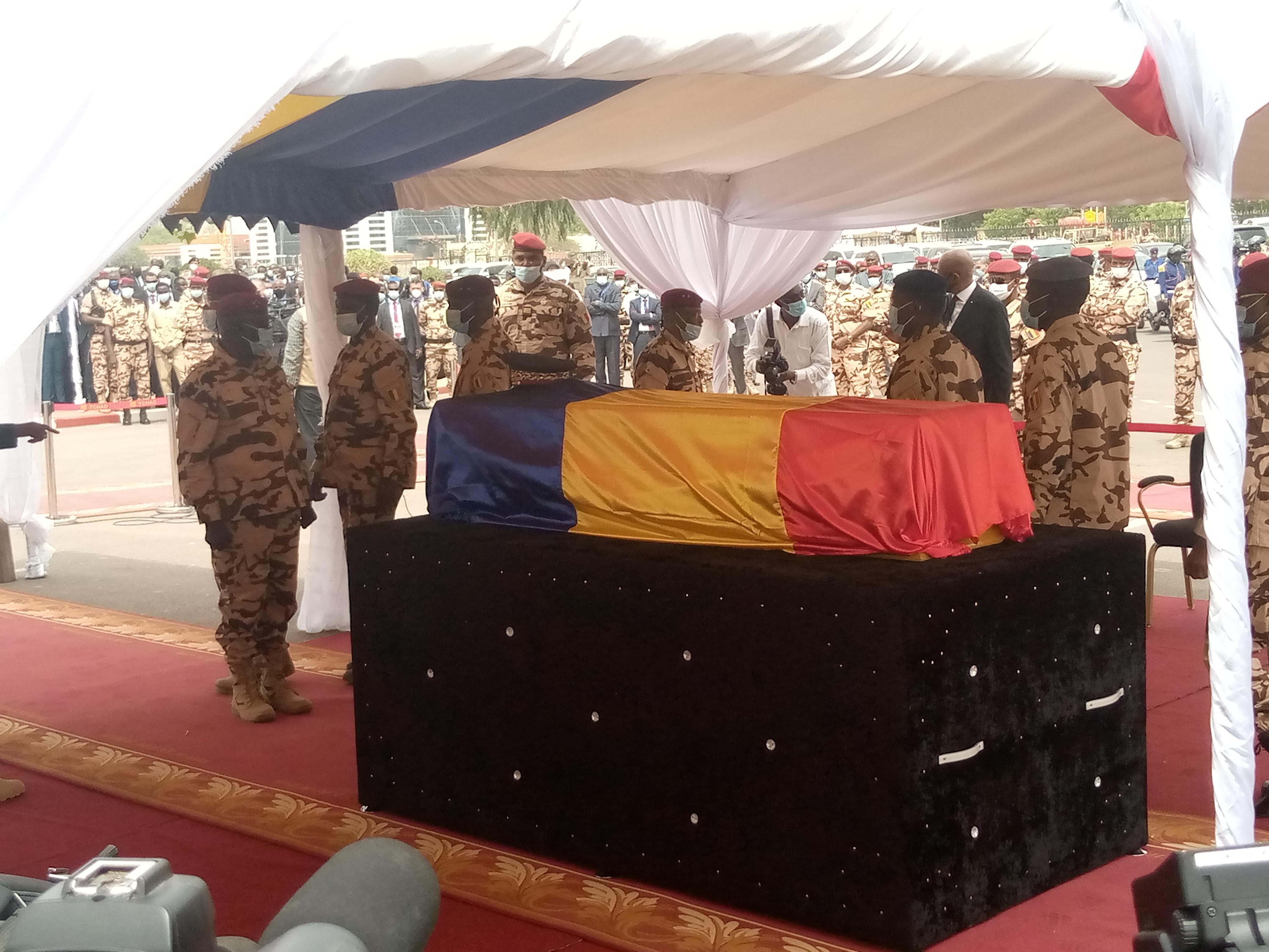Le Conseil de Paix et de Sécurité de l'UA demande une enquête de haut niveau sur le décès du président Idriss Déby Itno