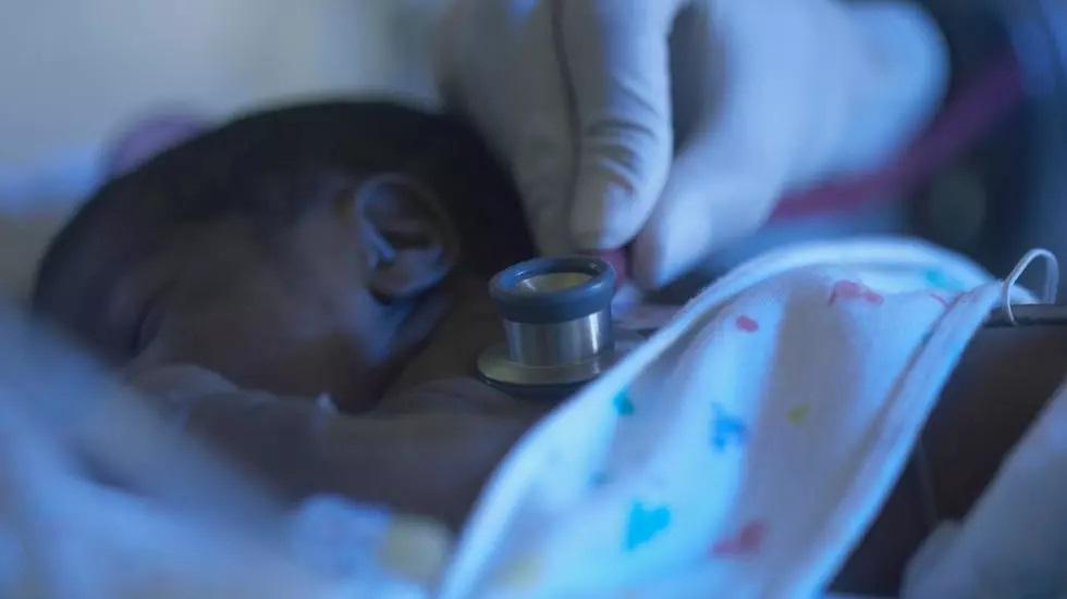 Au Maroc, une malienne de 25 ans met au monde neuf bébés