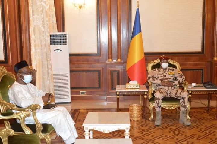 Tête-à-tête entre Mahamat Idriss Déby et Saleh Kebzabo au Palais présidentiel