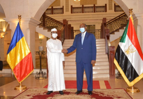 Les mercenaires tchadiens et soudanais en Libye : Mahamat Idriss Déby Itno et Abdelfath Al-Burhan examinent de façon urgente la menace
