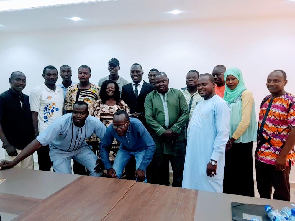 Tchad: lancement de la première phase de formation à l'intention des agents de la direction de l'Immigration – Emigration  bénéficiaires de bourses d'apprentissage de la langue anglaise au centre Américain Happiness