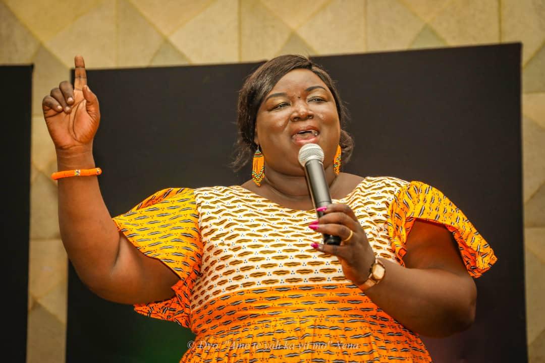 Pélagie Deweur, épouse Mbaigangnon: Une cantatrice d'exception dans le milieu Gospel